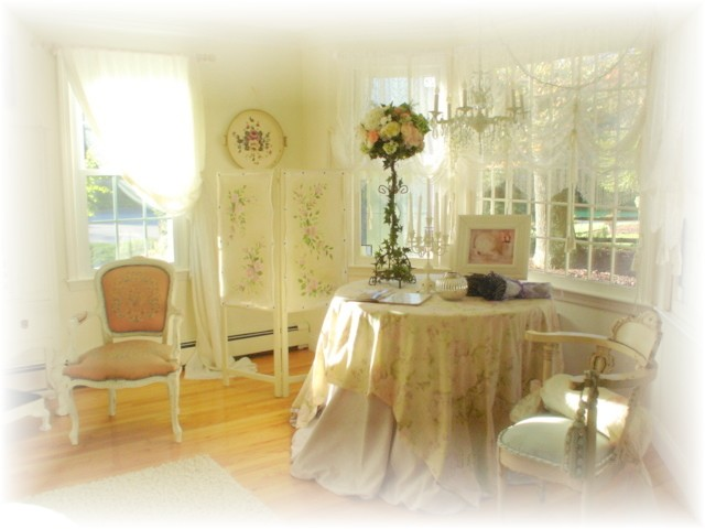Pretty living room 2008 001