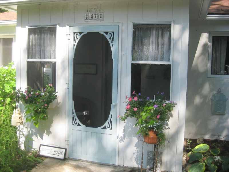 Beach cottage to use front